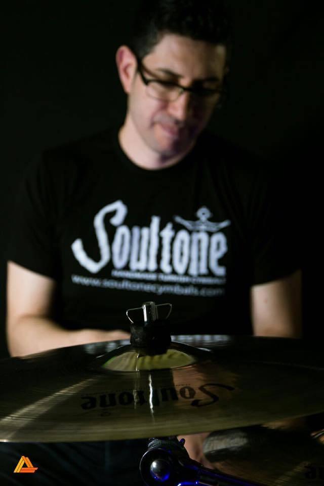 Argentina el baterista del grupo de rock arbol coge a una fan - 3 9